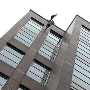 Amputee abseiling thumbnail